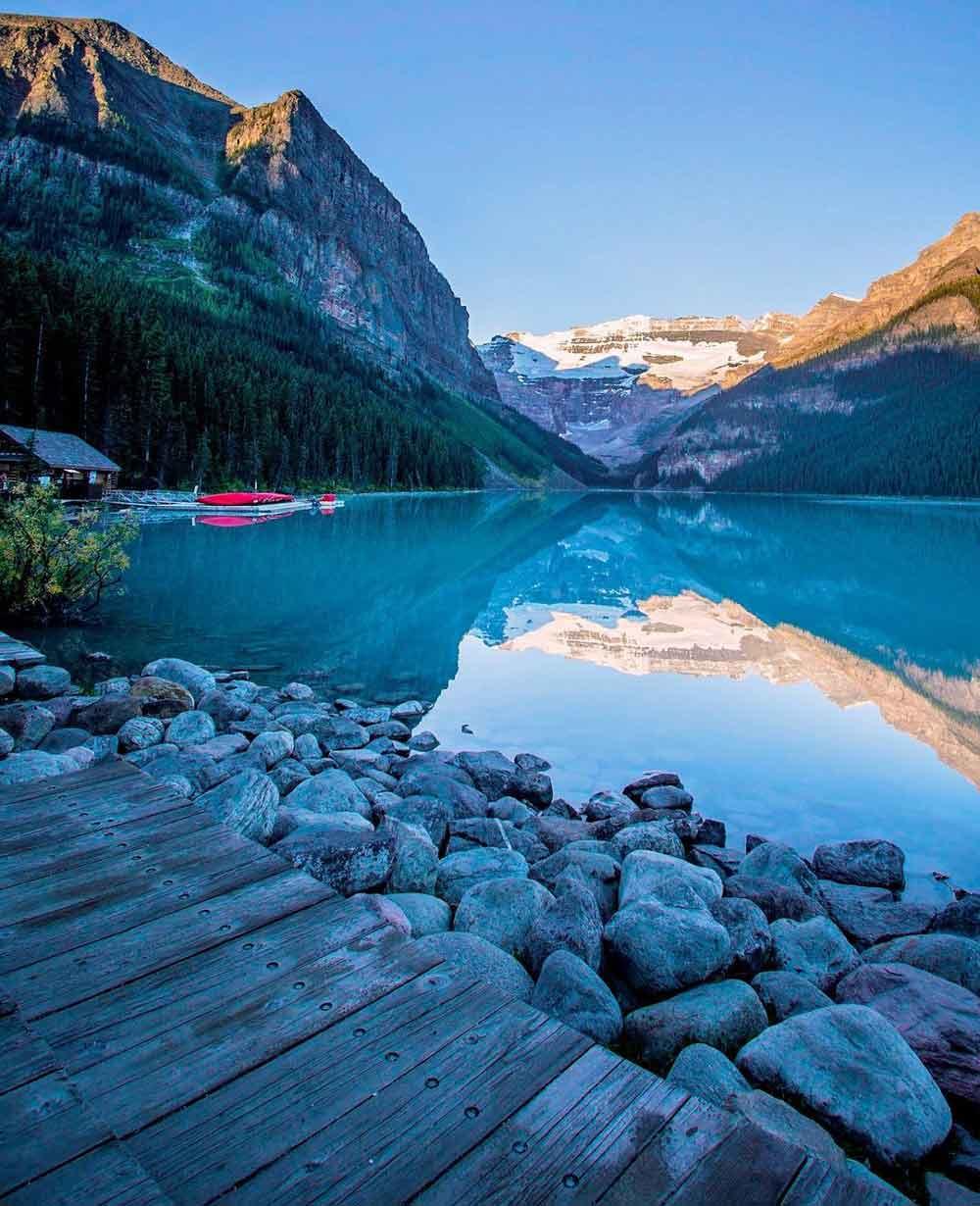 Lake Louise, Alberta, Canada - Photographer @magpie_n_moo / Michèle Thompson