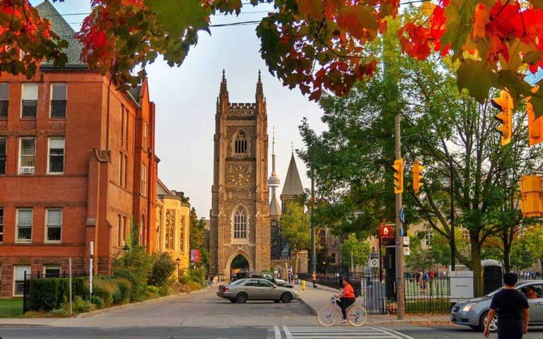 Tdot Shots hosts Fall Photo Walk Meetups and Walking Tours in Downtown Toronto